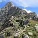 Eccoci sulla cresta NW del Pizzo Castello, poco prima che si impenni.