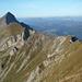 Das Tannhorn ist der markanteste Gipfel im Brienzergrat