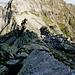 Blick vom Steinmann in die Welt der Bassa della Cognora - im gut sichtbaren Zwischentälchen sind die ersten rot-weissen Markierungen anzutreffen