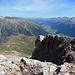 Blick hinunter auf die Alp Margunin und ins obere Unterengadin.