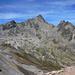 Vom Gipfel, herrlicher Blick hinüber zum Piz Ot. Feldstecher zeigte, dass er auch heute Besuch hatte.