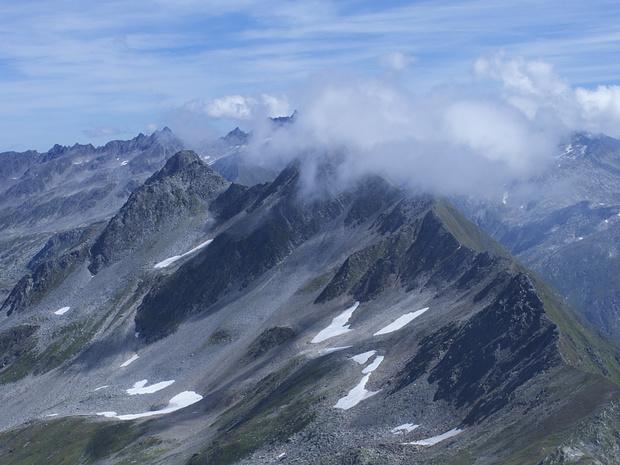 Die kontinentale Wasserscheide: Barbarera bis Piz Alv.