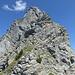 2. Aufschwung: vorne die zuführende Felsstufe, rechts die Wandstufe zur Rippe