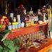Le tante offerte davanti alle varie statue dei Buddha, all'interno dei gompa