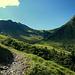 Bereits nach der Pisi Alpe mit Blick zum Häfnerjoch.