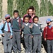 Bus-stop per andare a scuola! Gli allievi con ..... la nuova insegnante!!! (magari!!!!)..... Qui le scuole sono aperte d'estate, mentre si chiude tutto d'inverno, per i disagi collegati al gran freddo e alla neve