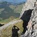 Kennt jemand d i e s e n Abstieg vom Grat zwischen Hüenerberg und Höch Nideri?