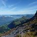 Atemberaubende Aussicht vom Gipfel Schwalmis Gipfel rechts im Bild