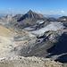 Bereits wieder auf dem Abstieg vom Panüelerkopf ist der  Gletscher-Kessel samt Schesaplana besser einzusehen.