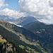 Der Blick öffnet sich zum Grossen Aletschgletscher