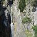 Gorges du Dailley (1100 m)<br />Über Holztreppen werden die ca. 170 Höhenmeter nach Van d´en Bas durch die Schlucht entlang des Wasserfalls zurückgelegt.