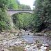 Die untere Autobrücke welche die Lammschlucht überquert.