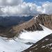 Gipfelblick Nord: rechts -ganz in Braun- die Berge des Kaunergrates. links hinten der Glockturmkamm u.v.m.