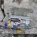 Rysy, Gipfelbuchkassette die nur eine Loseblattsammlung beinhaltet.