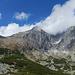 Rückblick auf einen beeindruckenden Gipfel der Hohen Tatra.