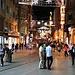 İstanbul: In der İstiklal Caddesi könnte man meinen dass Ende August schon bald Weihnachten anstehen :-)