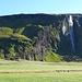 auch zwischen dem Seljalandsfoss und dem Skogafoss gibt es viel Landschaft
