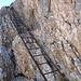 Mit Hilfe der nächsten Leiter wird der Aufschwung der Furcia Rossa Spitze 3 bezwungen.