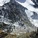Schwindelerregender Tiefblick in die Täschhorn SW-Wand