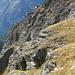 Wie ein Adlerhorst klebt die Kinhütte an den Felsen hoch über dem Wildkin