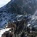 Sicht entlang des Klettersteiges bis zum Gipfel des Mittaghorns.