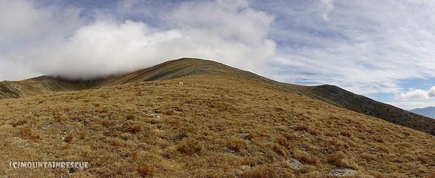 ...und Hügel zu Hügel, von Senke zu Senke...