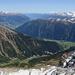 Blick ins untere Münstertal, weiter hinter das Vinschgau. Im Vordergrund das Val d' Avigna