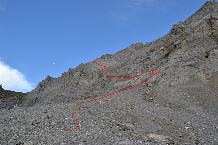 Route bis zum Rad Südgrat. Nur an der ersten Felsstufe muss man etwas kraxeln. Später ists eher Schutt.