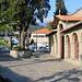 Die griechisch-orthodoxe Kirche Άγιος Νικόλαος (Ágios Nikólaos) im Zentrum von Λιτόχωρο (Litóchoro; 293m).