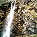 la cascata che scende dai laghetti Port