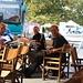 Die zwei Schweizer Stefan und Angela waren auch am Ólympos unterwegs. Nach der Tour hatten wir genügend Zeit in Λιτόχωρο (Litóchoro) für eine gemütliche Kaffepause.