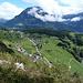 das Hinterdorf von Seelisberg, flankiert mit dem Fronalpstock