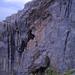 Das Stoggloch durchbricht die Felswand