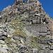 Hier gehts los: über den Südgrat bzw. etwas rechts (westlich davon) windet sich eine spannende Route zum Zervreilahorn Südgrat
