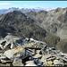 Pizzo Barbarera, Gipfel. Blick Richtung Giübin, Pizzo Centrale sowie weiteren schönen Tessiner Gipfeln (...und natürlich auch z.T. dem Kanton Uri zugehörig).