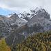 Suchbild: Die Berglhütte ist genau in der Bildmitte