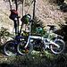 Nos vélos font toujours rire les autres, mais ile se casent partout et sont assez efficaces sur les raidillons des routes d'alpage !