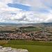 Blick nach Westen auf die Ortschaft Spišské Podhradie