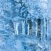 Eis im Taleinschnitt beim Val Murtaröl. An dieser Stelle ist beim Gehen etwas Vorsicht angebracht.