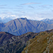 Die Gipfel jenseits des Lago Maggiore