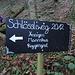 """vor dem """"Gipfelanstieg"""" ist der [http://www.hikr.org/tour/post94334.html attraktive Schlössliweg] deutlich ausgeschildert"""