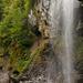 Berglistüber, es kann hinter den Wasserfall spaziert werden