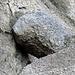 Ein eingeklemmter Stein.