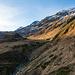 Das Weglein vom Oberalppass führt zunächst an der rechten Flanke ins Val Maighels hinein