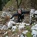 die felsigen Stufen sind sehr angenehm; der kühle Wind auf dem Grat jedoch erfordert warme Bekleidung