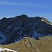 Der Aufstieg zur Hochplatte ist mit den vereisten Stellen auf der Nordseite nicht ungefährlich / La salita sull`Hochplatte con i passaggi ghiacciati al nord non è innocua