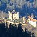 ein Teil der Schlossanlagen von Neuschwanstein - in herrlicher Abendbeleuchtung  Edit: Danke @Schorsch @Vielhygler - Hohenschwangau ist KEIN Teil von Neuschwanstein. Irgendwie dachte ich immer fälschlicherweise  die beiden Schlösser gehören zusammen, wegen der Nähe.