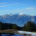 Gegenüber der Alpstein mit bekannten Gipfeln