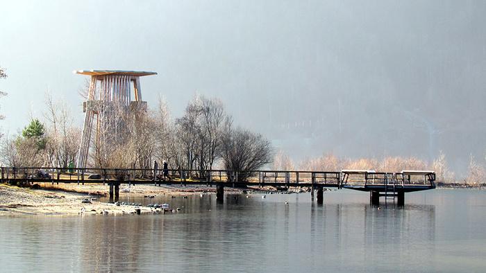 Ein Bild, das Wasser, draußen, Fluss, Brücke enthält.  Automatisch generierte Beschreibung