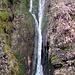 Einer der namenlosen Wasserfälle.